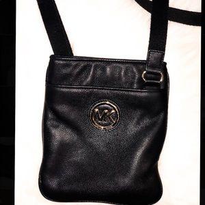 Michael Kors adjustable Crossbody purse